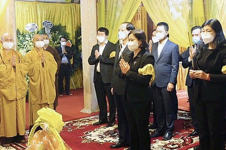 Đoàn đại biểu TP.Hà Nội viếng tang Đại lão Hòa thượng Thích Phổ Tuệ