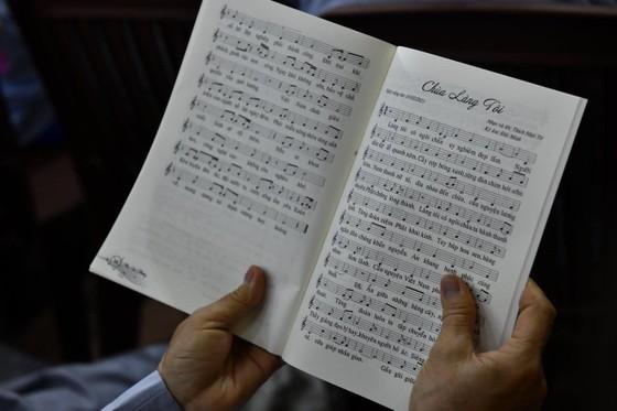 Các nhạc khúc trong album do Thượng toạ Thích Nhật Từ sáng tác - Ảnh: TTĐ
