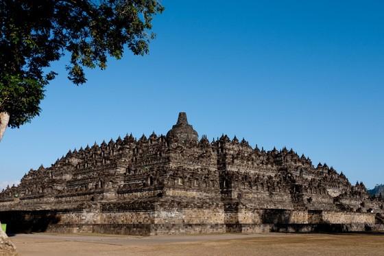 Borobudur - công trình kiến trúc Phật giáo kỳ vĩ và cổ kính tại Indonesia
