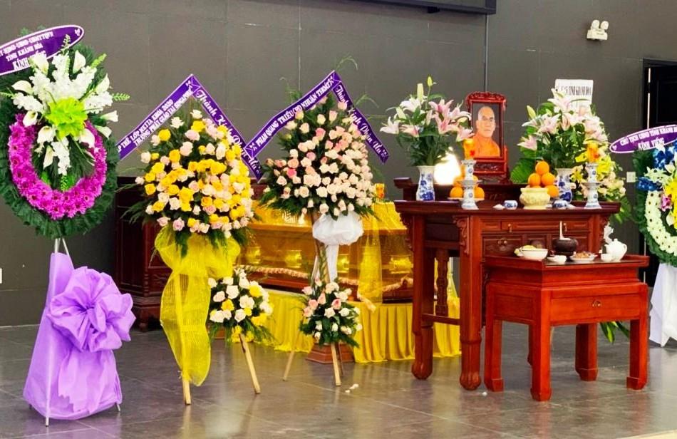 Kim quan Hòa thượng Thích Ngộ Tịnh phương tiện an trí tại Nhà tang lễ Bệnh viện Quân y 87