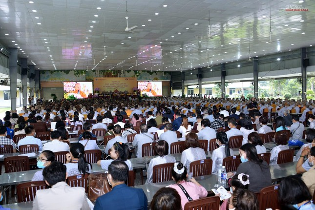 Khai mạc Hội thảo Phật giáo vùng Nam bộ ảnh 19