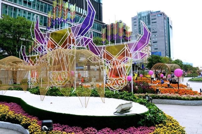 Ngắm Đường hoa Nguyễn Huệ Tết Tân Sửu - 2021 qua ảnh ảnh 7