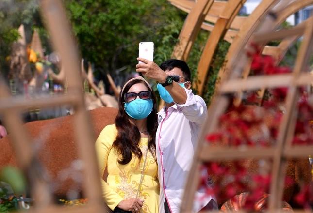 Ngắm Đường hoa Nguyễn Huệ Tết Tân Sửu - 2021 qua ảnh ảnh 16