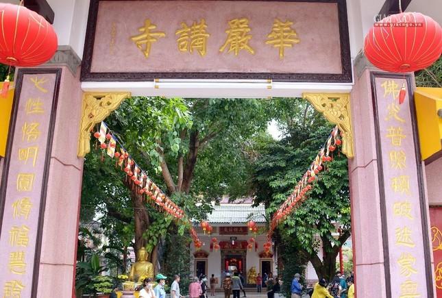 Cảnh chùa Sài Gòn - TP.HCM lung linh trong nắng xuân ảnh 15