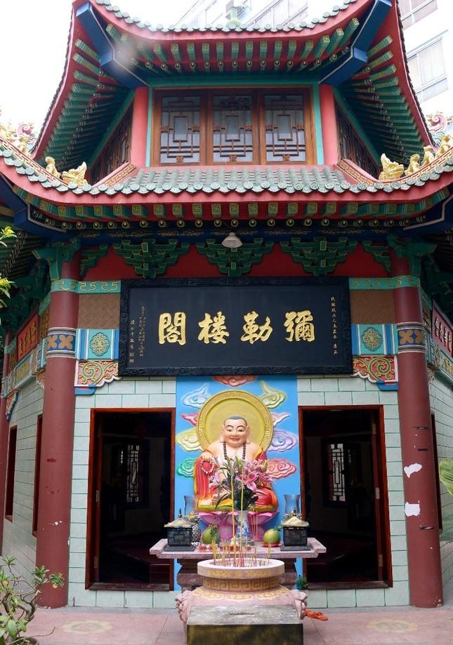 Cảnh chùa Sài Gòn - TP.HCM lung linh trong nắng xuân ảnh 17