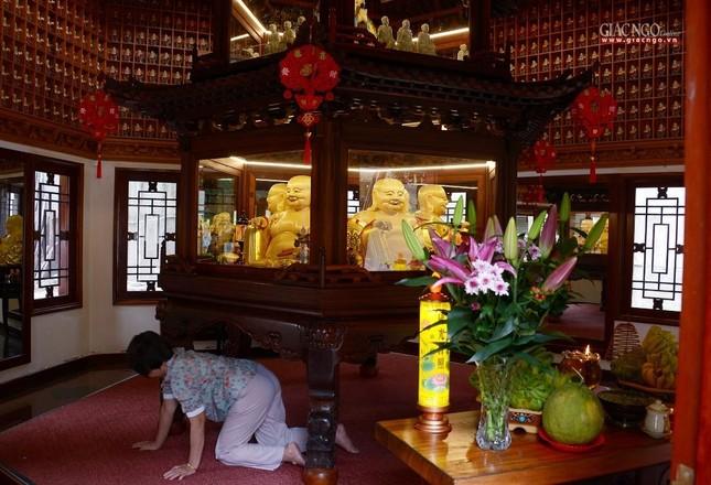 Cảnh chùa Sài Gòn - TP.HCM lung linh trong nắng xuân ảnh 22