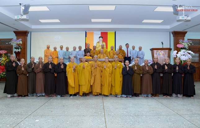 Khai giảng lớp đầu tiên Khoa Luật học thuộc Học viện Phật giáo VN tại TP.HCM ảnh 13