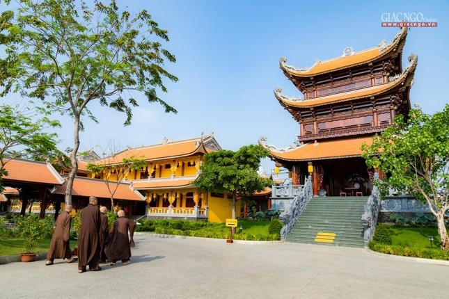 Hòa thượng Thích Minh Thông khai thị tổng quan về giới luật cho lớp đầu tiên khoa Luật học Phật giáo ảnh 5