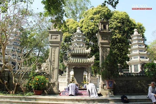 Trang nghiêm lễ tưởng niệm Đức Đại lão Hòa thượng Thích Tịnh Khiết tại Huế và TP.HCM ảnh 10