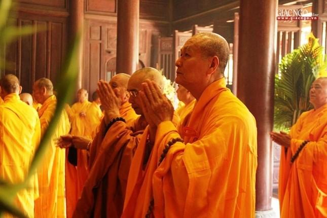 Trang nghiêm lễ tưởng niệm Đức Đại lão Hòa thượng Thích Tịnh Khiết tại Huế và TP.HCM ảnh 7