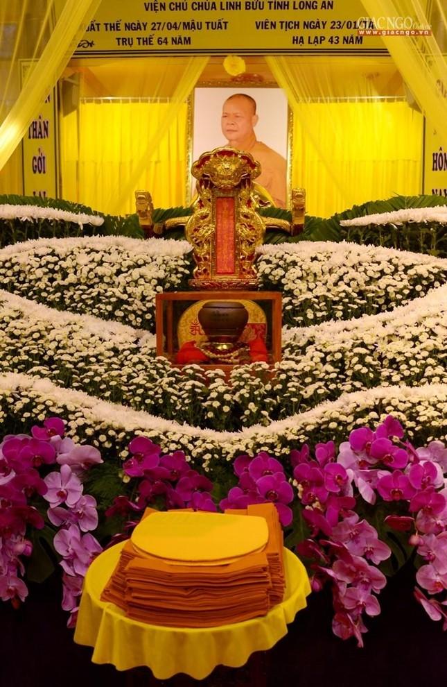 Lễ nhập kim quan Hòa thượng Thích Nhật Ấn tại Tổ đình Long Thạnh ảnh 2
