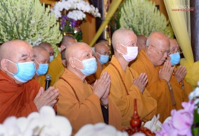 Giáo hội Trung ương, TP.HCM viếng tang Hòa thượng Thích Nhật Ấn ảnh 1
