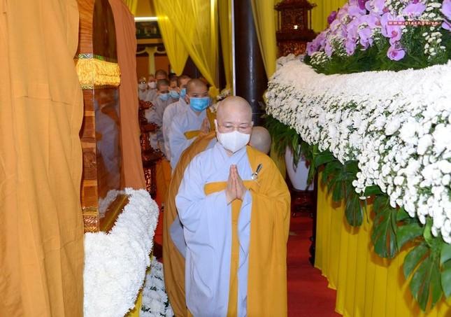 Giáo hội Trung ương, TP.HCM viếng tang Hòa thượng Thích Nhật Ấn ảnh 17