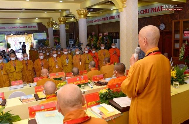 Đại hội đại biểu Phật giáo quận 3 đã suy cử Tân Ban Trị sự nhiệm kỳ 2021-2026 với 34 thành viên ảnh 32