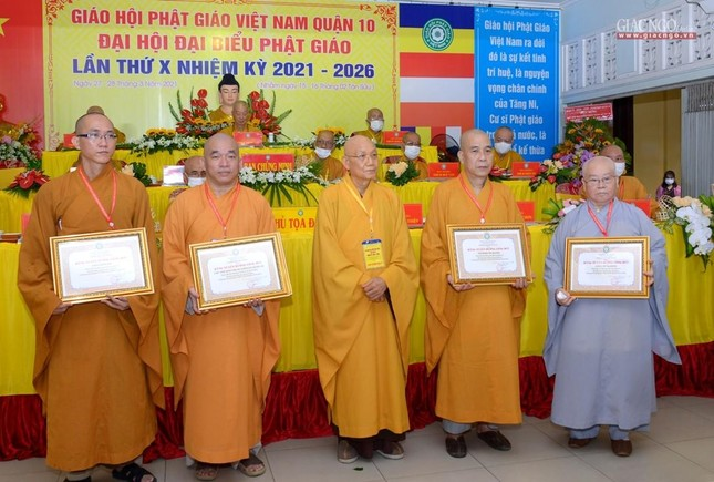 Đại hội đại biểu Phật giáo quận 10 lần thứ X nhiệm kỳ 2021-2026 thành công tốt đẹp ảnh 24