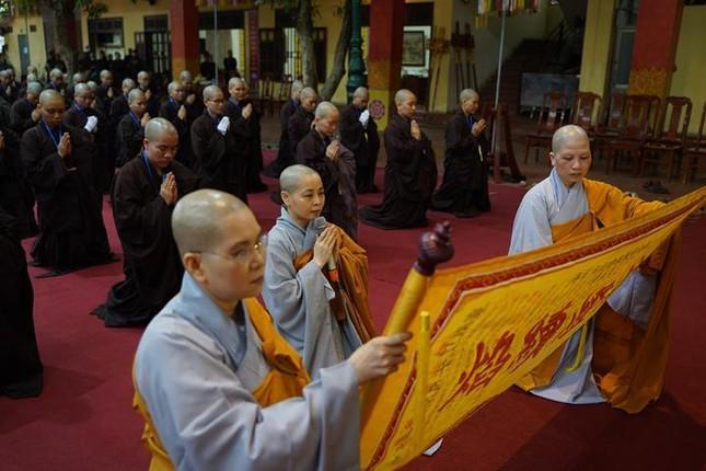 Chính thức truyền giới tại Đại giới đàn Hà Nội Phật lịch 2565 ảnh 30