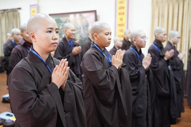 Chính thức truyền giới tại Đại giới đàn Hà Nội Phật lịch 2565 ảnh 58