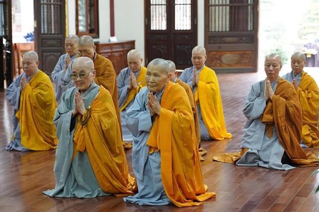 Chính thức truyền giới tại Đại giới đàn Hà Nội Phật lịch 2565 ảnh 68