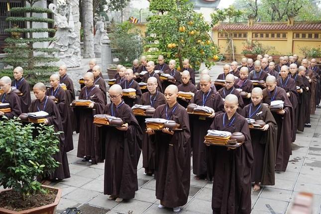 Chính thức truyền giới tại Đại giới đàn Hà Nội Phật lịch 2565 ảnh 71