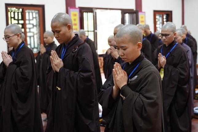 Chính thức truyền giới tại Đại giới đàn Hà Nội Phật lịch 2565 ảnh 75