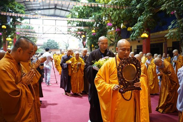 Chính thức truyền giới tại Đại giới đàn Hà Nội Phật lịch 2565 ảnh 5