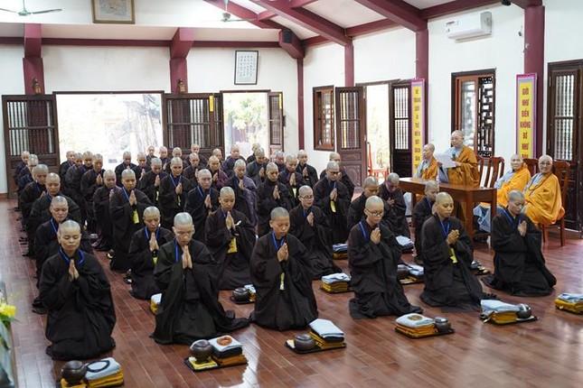 Chính thức truyền giới tại Đại giới đàn Hà Nội Phật lịch 2565 ảnh 78