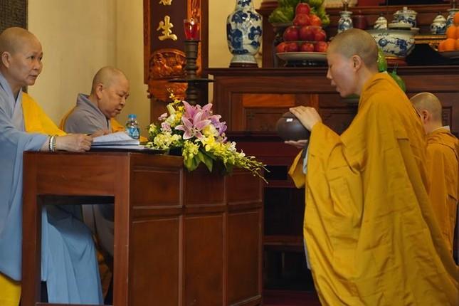 Chính thức truyền giới tại Đại giới đàn Hà Nội Phật lịch 2565 ảnh 81