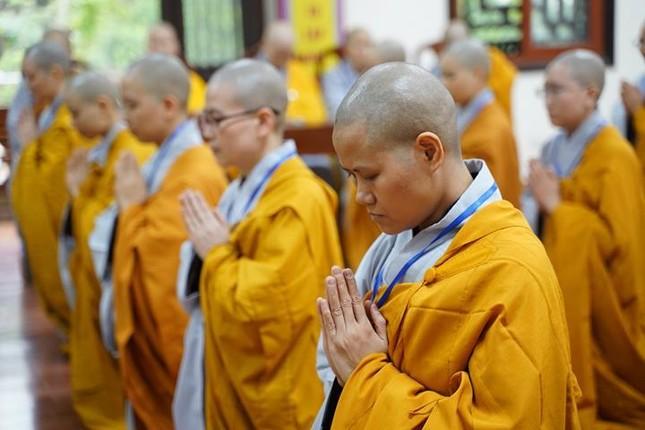 Chính thức truyền giới tại Đại giới đàn Hà Nội Phật lịch 2565 ảnh 85