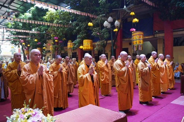 Chính thức truyền giới tại Đại giới đàn Hà Nội Phật lịch 2565 ảnh 95