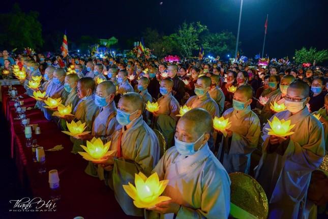Ninh Bình: Lễ cầu quốc thái dân an và hoa đăng ở cố đô Hoa Lư ảnh 13