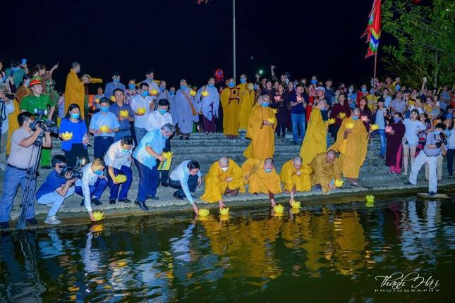 Ninh Bình: Lễ cầu quốc thái dân an và hoa đăng ở cố đô Hoa Lư ảnh 18
