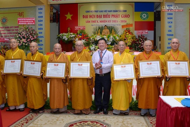 Đại hội Phật giáo quận Tân Bình lần X: Thượng tọa Thích Đạt Đức tái nhiệm Trưởng ban Trị sự ảnh 38