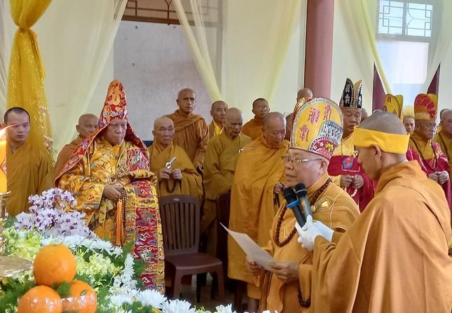 Gia Lai: Lễ truy niệm, cung tống kim quan Trưởng lão Hòa thượng Thích Từ Hương nhập tháp ảnh 3