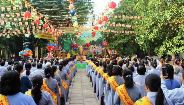 Phật giáo quận 12: Cơ sở tự viện ổn định, Tăng Ni tụ về ngày càng đông ảnh 3