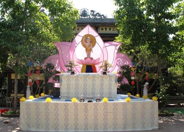 Yên ắng không khí Phật đản ở cố đô Huế ảnh 7