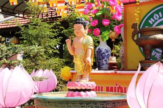 Yên ắng không khí Phật đản ở cố đô Huế ảnh 11