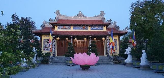 Yên ắng không khí Phật đản ở cố đô Huế ảnh 8