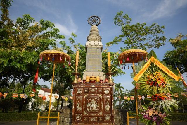 Thừa Thiên Huế: Dâng hương tưởng niệm và thăm các gia đình Thánh tử đạo trong Pháp nạn 1963 ảnh 2