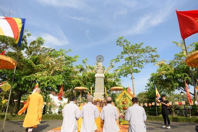 Thừa Thiên Huế: Dâng hương tưởng niệm và thăm các gia đình Thánh tử đạo trong Pháp nạn 1963 ảnh 1