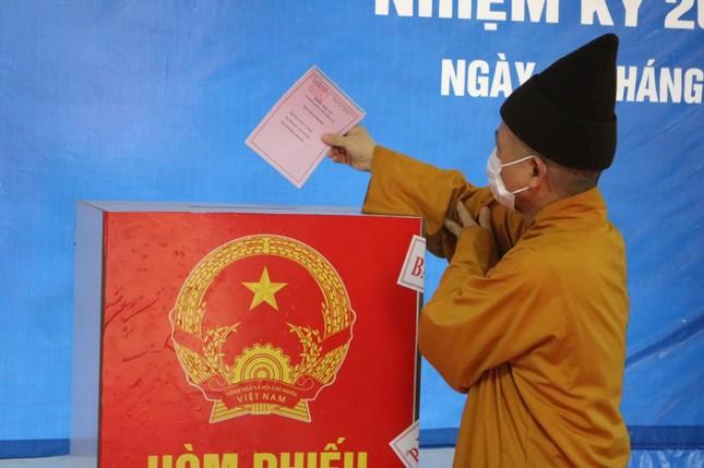Hơn 500 Tăng Ni sinh Học viện Phật giáo VN tại Hà Nội hoàn thành việc bỏ phiếu ảnh 1
