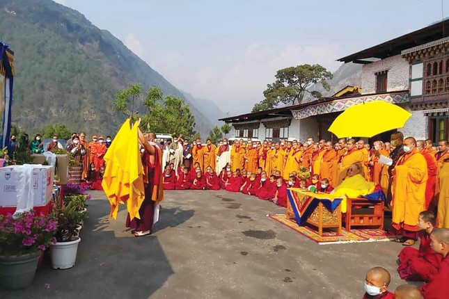 Vương quốc hạnh phúc Bhutan và chiến dịch tiêm vắc-xin Covid-19 vượt cả Mỹ, Anh ảnh 3