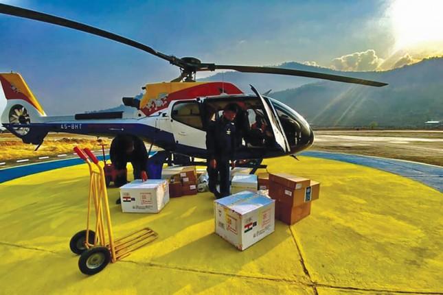 Vương quốc hạnh phúc Bhutan và chiến dịch tiêm vắc-xin Covid-19 vượt cả Mỹ, Anh ảnh 1