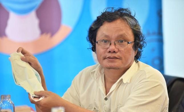 Bác sĩ Trương Hữu Khanh: Chớ hoang mang dù nhiều người tiêm vắc-xin AstraZeneca vẫn mắc Covid-19 ảnh 1