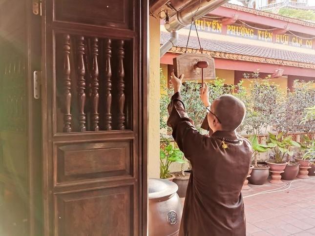 Một ngày an cư trong mùa giãn cách xã hội tại chùa Bằng - Hà Nội ảnh 2