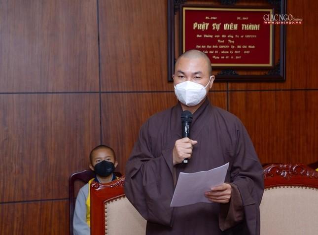 Ban Trị sự Phật giáo TP.HCM trao tặng 6 chiếc xe cứu thương phục vụ bệnh nhân ảnh 2
