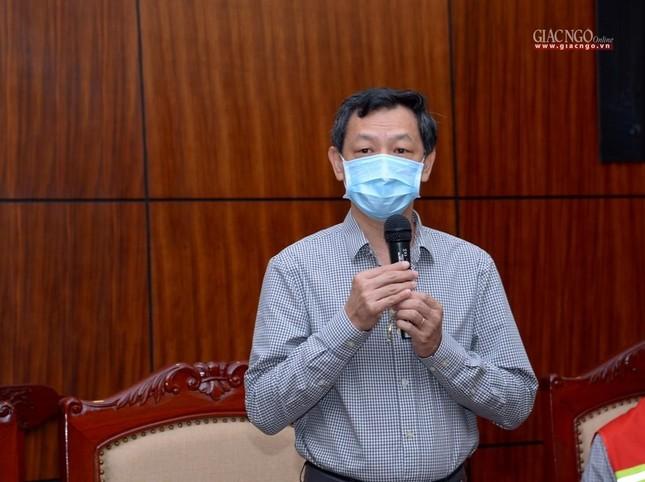 Ban Trị sự Phật giáo TP.HCM trao tặng 6 chiếc xe cứu thương phục vụ bệnh nhân ảnh 4