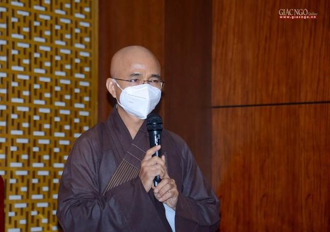 Ban Trị sự Phật giáo TP.HCM tiếp tục tổ chức trao tặng 10 xe cứu thương đến các bệnh viện ảnh 7