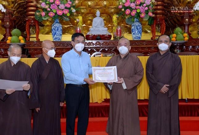 Ban Trị sự GHPGVN TP.HCM thăm các chùa Vĩnh Nghiêm, Giác Ngộ, Tường Nguyên, Nam Thiên Nhất Trụ ảnh 18
