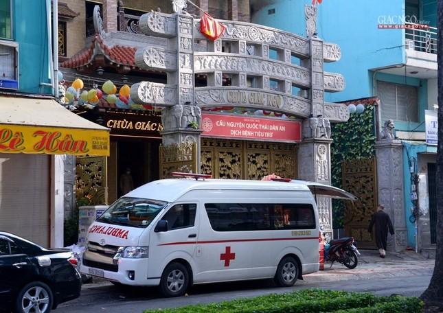 Ban Trị sự GHPGVN TP.HCM thăm các chùa Vĩnh Nghiêm, Giác Ngộ, Tường Nguyên, Nam Thiên Nhất Trụ ảnh 20