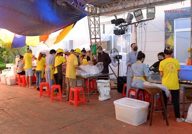 Ban Trị sự GHPGVN TP.HCM thăm các chùa Vĩnh Nghiêm, Giác Ngộ, Tường Nguyên, Nam Thiên Nhất Trụ ảnh 27